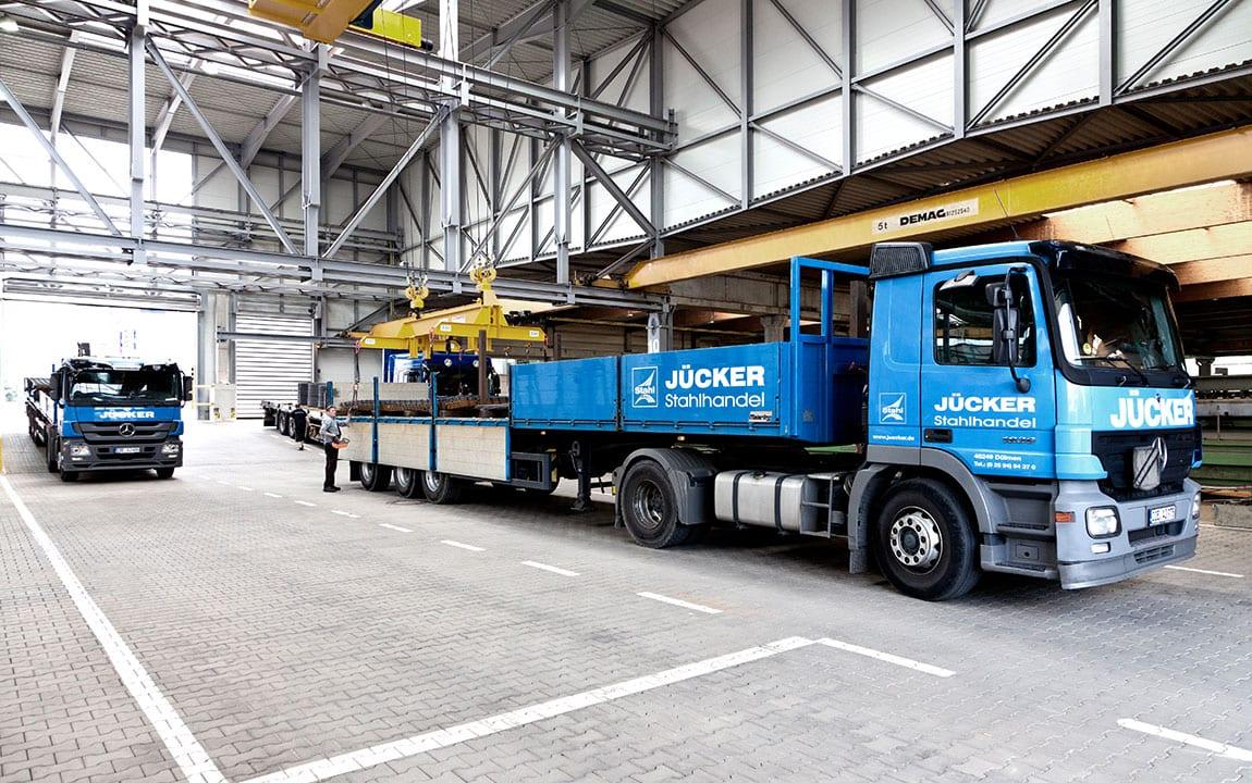 Stahlhandel Jücker | LKW Beladung